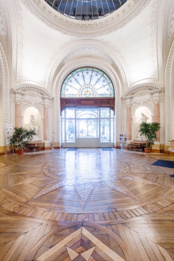 Hall du Palais Lumière, Évian